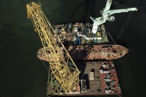 Танкер Delfi відбуксирували до порту Чорноморська