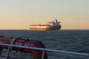 Трейдери готуються до відродження надлишку нафти