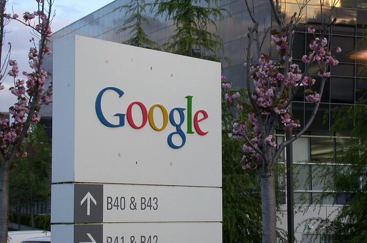 Google заявила, що її вуглецевий слід тепер дорівнює нулю