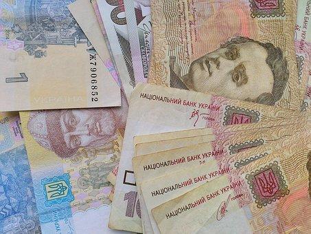 Фонд соцстраху поновив виплати лікарняних і декретних