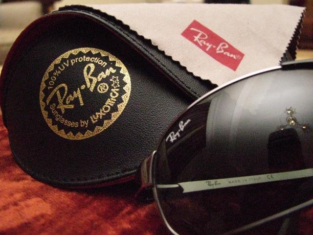 Facebook домовилась разом з виробником Ray-Ban виготовляти розумні окуляри
