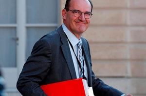 Проти прем'єр-міністра Франції подали позов про провал боротьби з коронавірусом