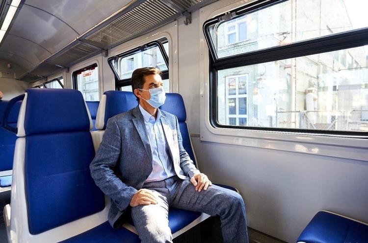 «Укрзалізниця» вивчить питання виготовлення поїздів на Київському заводі – глава компанії