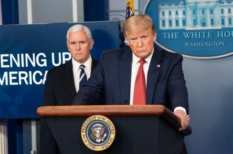 Трамп підписав закон про санкції проти всіх причетних до поставок зброї Ірану