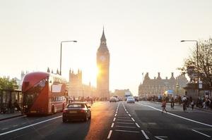 Британія пересуне плани із заборони бензинових і дизельних двигунів на 10 років ближче