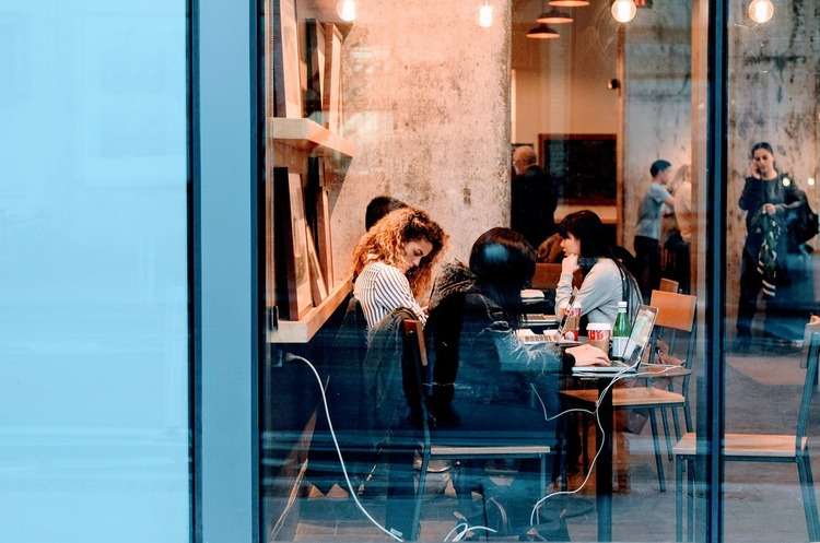 Место встречи изменить можно: что такое «гибкий» офис