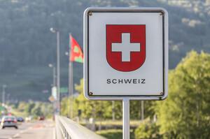 У Швейцарії провели референдум за припинення вільного пересування з ЄС