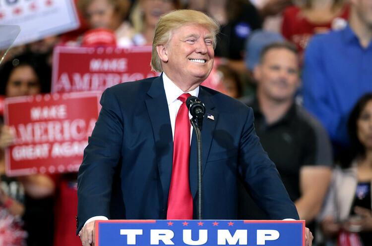 Трамп майже не платив податків в 2016 та 2017 роках – ЗМІ