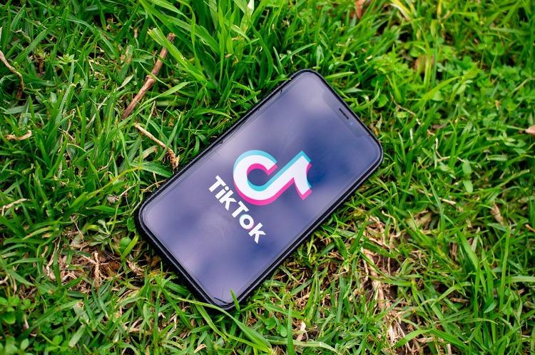 Суд заблокував заборону Трампа на завантаження TikTok