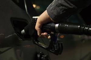 Продажі бензину і дизпалива зросли в серпні на 17%, - Держстат