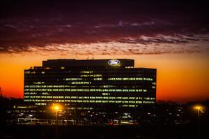 Ford витратить понад $1,35 млрд на переоснащення канадського заводу під випуск електрокарів
