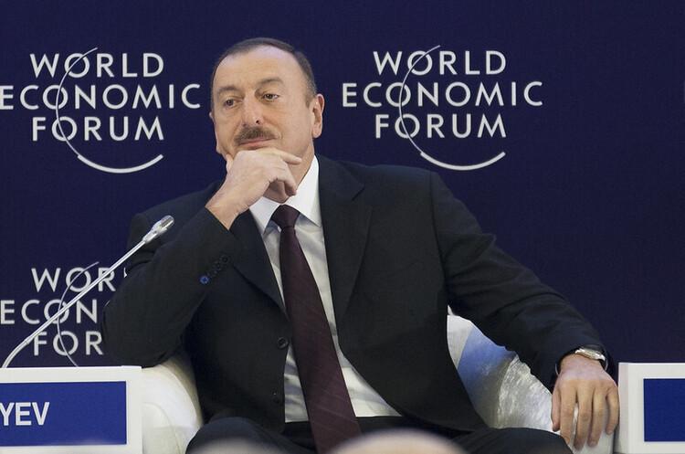 Президент Азербайджану назвав головну умову для припинення бойових дій