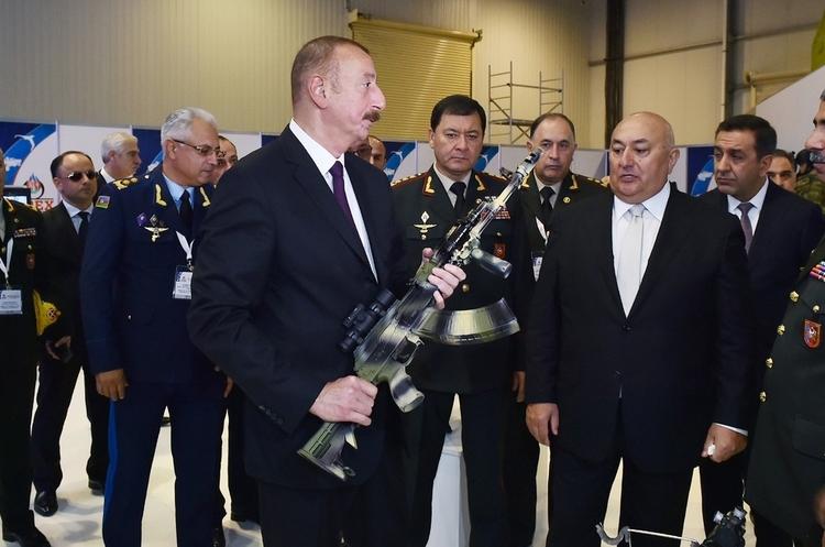 Рука дающего: как Турция помогает Азербайджану в Карабахе
