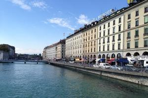 Швейцарська Женева вводить мінімальну зарплатню на рівні $4000