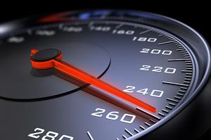 В Україні з'являться нові обмежувачі швидкості на дорогах