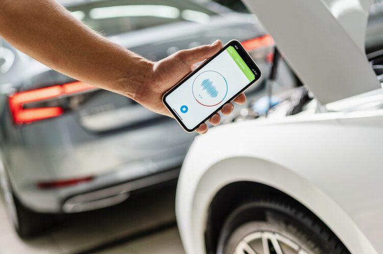 Shazam для авто: Škoda створює додаток для смартфона, який розпізнаватиме несправності по звуку