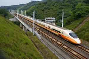 Маск: Starlink дозволить підключитись до мережі навіть у поїздах, що їдуть через глушину
