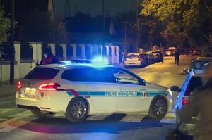 У Франції після вбивства вчителя почалися поліцейські операції проти ісламістського руху