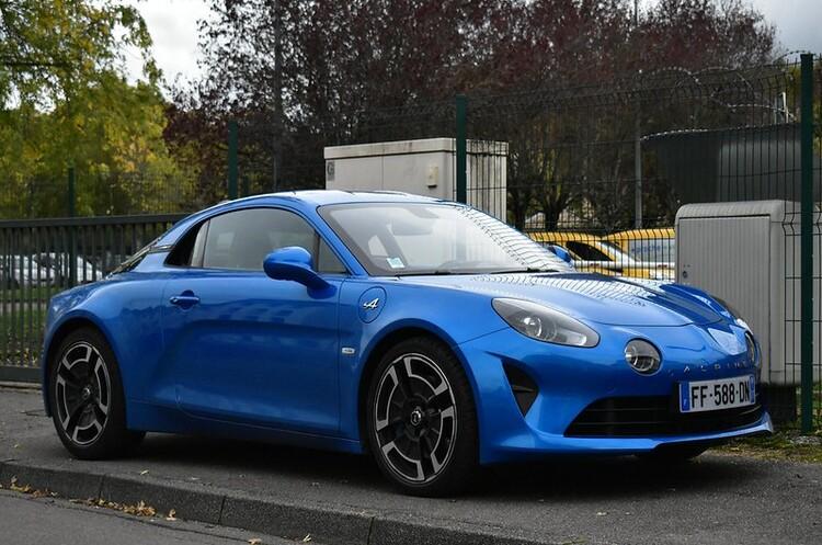 Renault планує зробити із відродженого Alpine бренд спорткарів