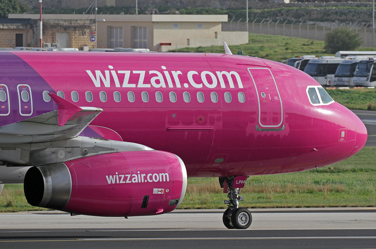 Глава Wizz Air прогнозує, що після пандемії авіаційна галузь стане меншою