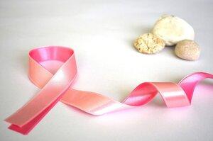Не только женская проблема: какие стереотипы мешают бороться с раком груди