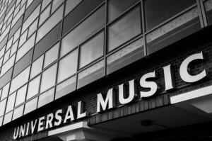 Плани змінились: Universal Music Group піде на ІРО на рік раніше