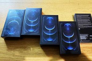 На українському кордоні викрили першу контрабанду iPhone 12
