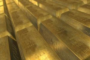 Центробанки вперше за десятиліття продають золото