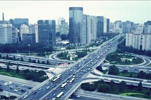 Китай хоче припинити продаж нових традиційних авто до 2035 року