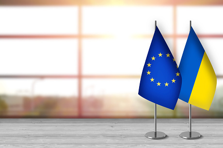 В ЄС вважають рішення КС підставою для призупинення безвізу