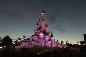 Disneyland у Парижі знову закриває свої двері
