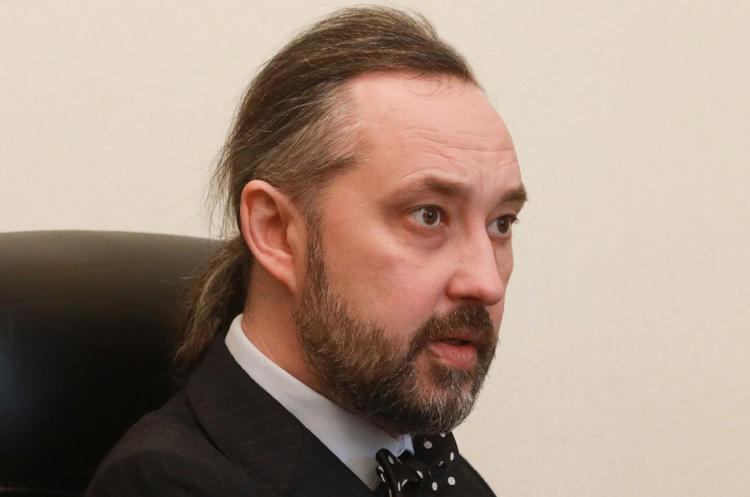 Суддя КСУ Сліденко, який писав текст рішення щодо антикорупційної реформи, подав у відставку