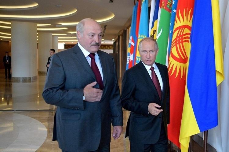 Лукашенко назвав себе «молодшим братом» Путіна і сказав, що інших друзів у нього немає