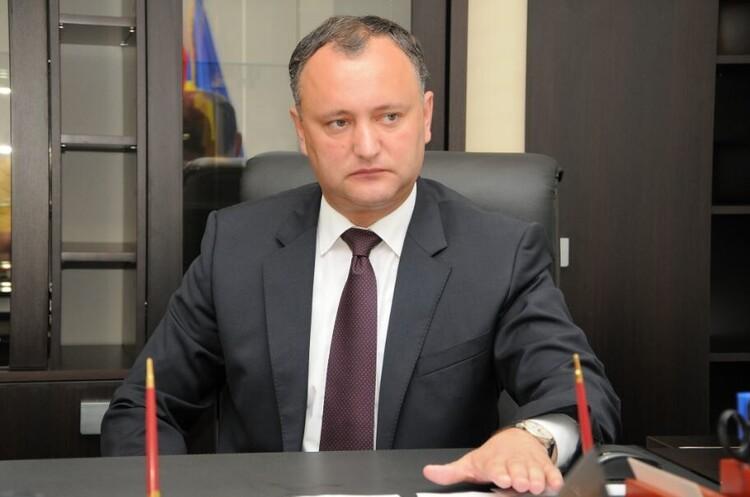 Вибори в Молдові, тур перший. Чинний президент Додон поступився експрем'єрці Санду