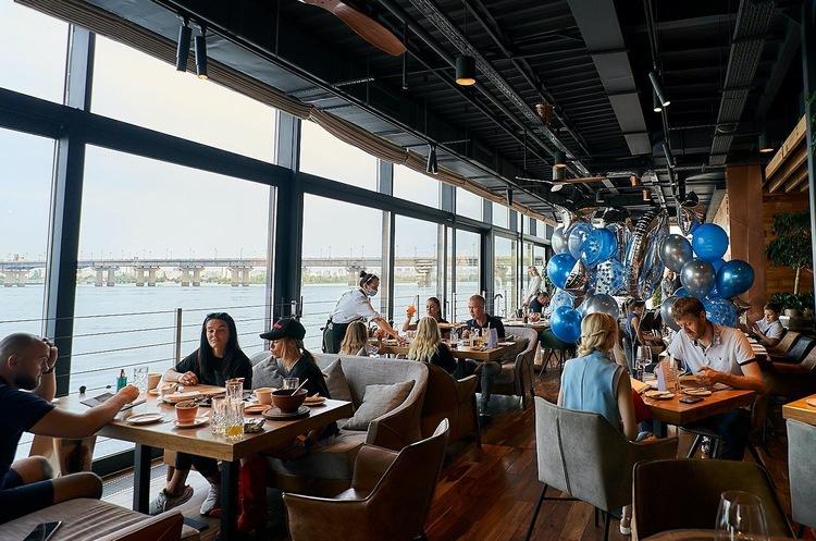 Курьезы и капризы: про нестандартные подходы к гостям в ресторанах