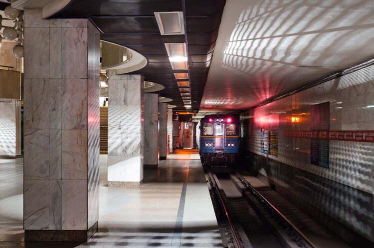 За пів року пасажиропотік столичного метрополітену зменшився на 40%