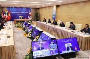 Китай і країни Азії уклали найбільшу у світі угоду про вільну торгівлю