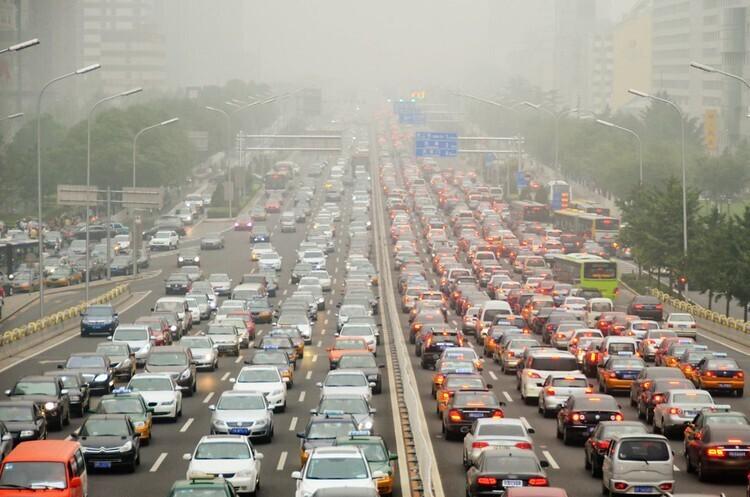 Жага Китаю до розкішних автомобілів підтримує автопром Східної Європи