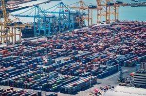Експорт товарів до ЄС скоротився на 16% — Держстат