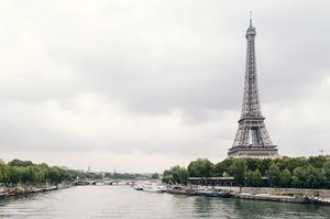 Франція платитиме 1,6 млрд євро в місяць в якості компенсації закритому через локдаун бізнесу