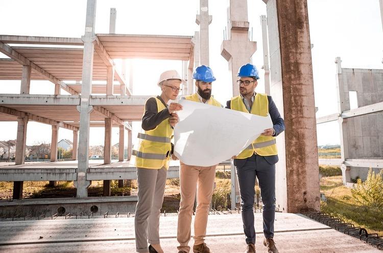Кабмін відстрочив повноцінний запуск державної е-системи в сфері будівництва