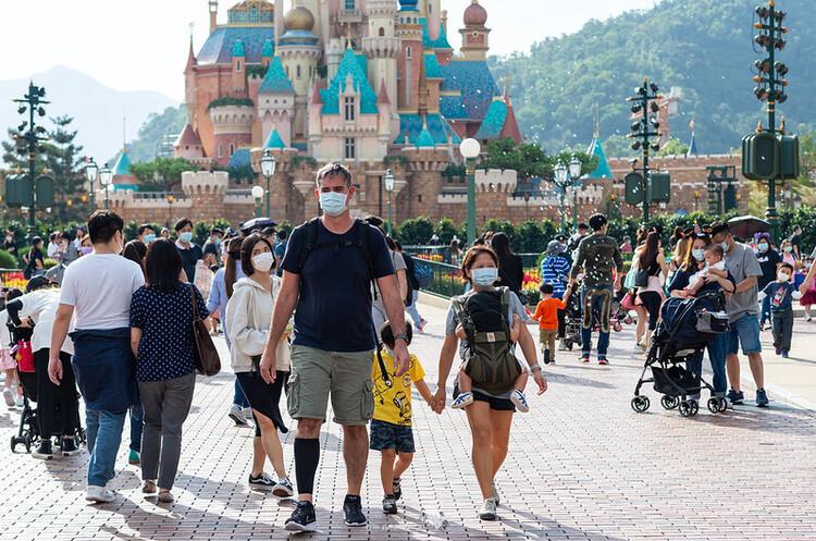Disney розширює масштаби скорочень до 32 000 працівників через COVID-19