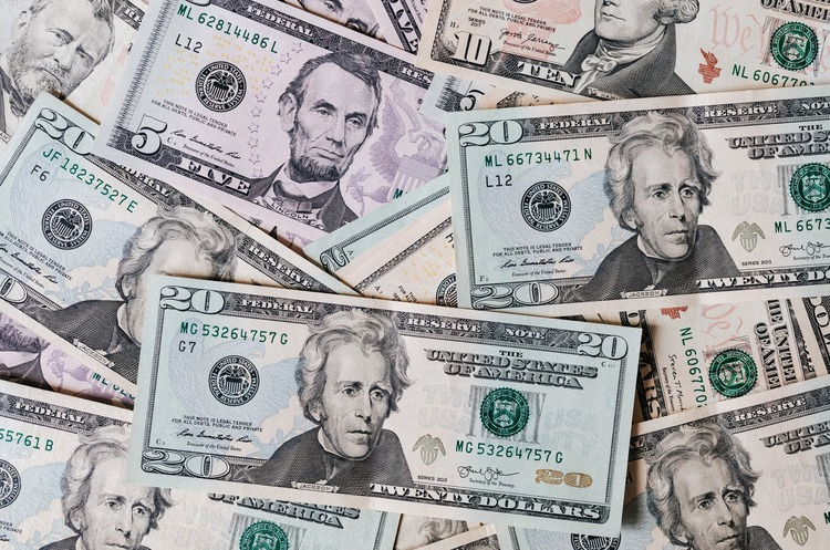 Через претензії МВФ, у бюджеті 2021 зменшать дефіцит і перенесуть підняття «мінімалки» – нардеп
