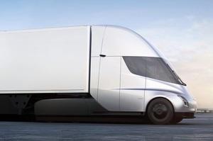 Ілон Маск пообіцяв, що електровантажівка Tesla Semi на одній зарядці проїде 1000 км