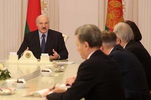 Лукашенко заявив, що Польща має намір розвалити економіку Білорусі