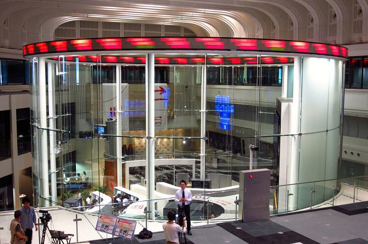 Гендиректор Токійської фондової біржі пішов у відставку через масштабний збій системи