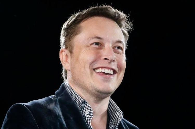 Маск не виключає злиття Tesla з традиційним автовиробником