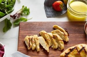 Сінгапур першим у світі дозволив робити наггетси з вирощеного в лабораторії м'яса