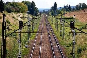 ВР просить Кабмін з'єднати залізничним сполученням північні райони Луганської області із загальною мережею УЗ
