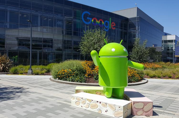 Google звинуватили в стеженні за співробітниками і порушенні їх прав